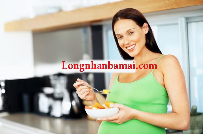 Mang thai 3 tháng ăn nhãn nhục được không?