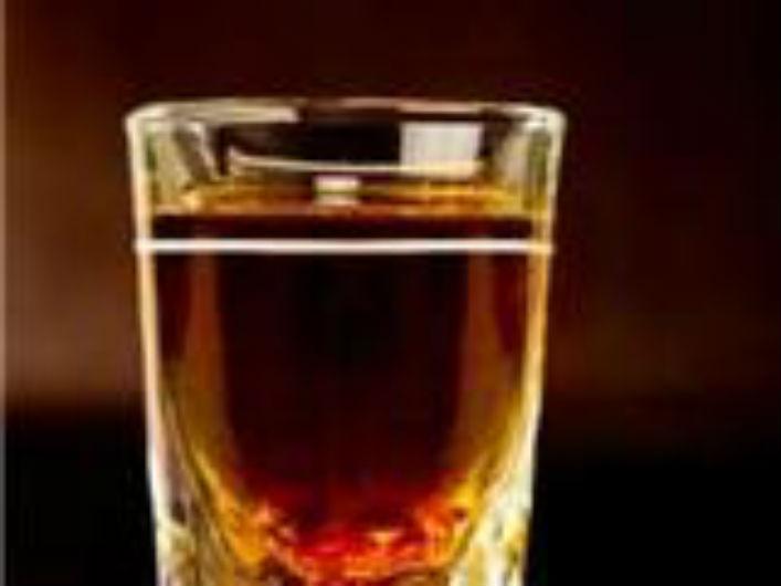 Tác dụng của rượu ngâm long nhãn là gì