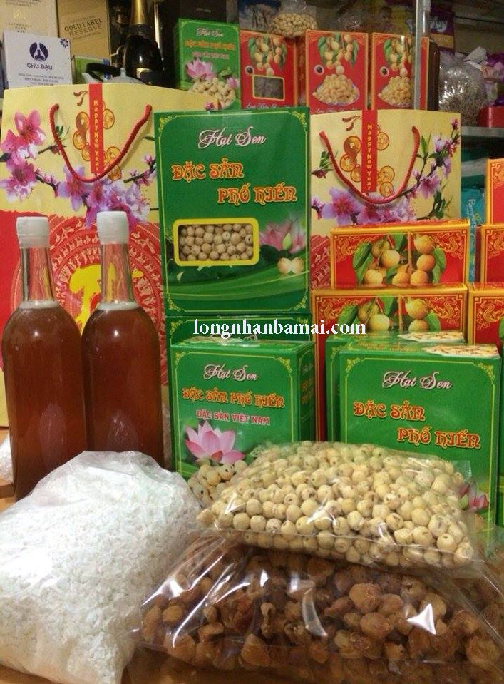 Cửa hàng quà quê giữa Hà Nội phồn hoa