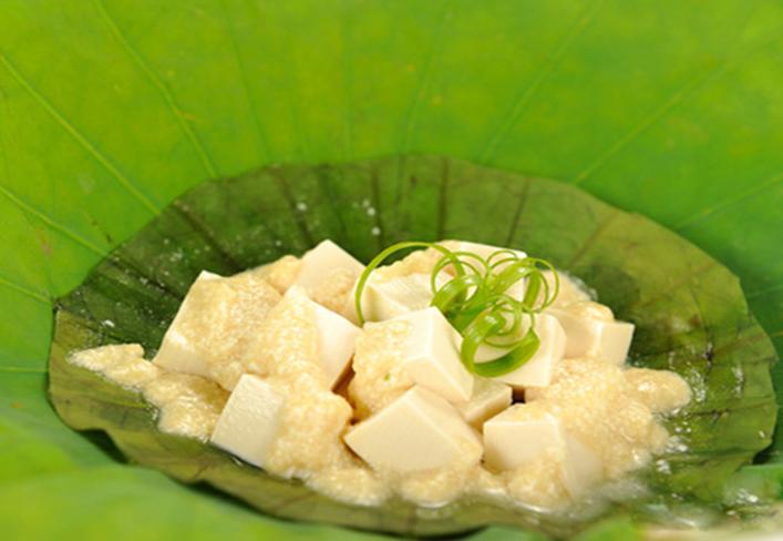 Trổ tài làm món đậu hũ hấp hạt sen mát lành-1